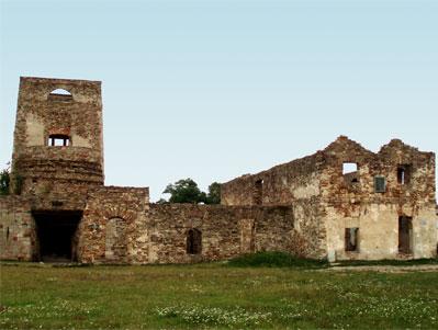 Ruiny wielkiego pieca hutniczego - Samsonów