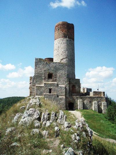 Zamek w Chęcinach od strony wschodniej
